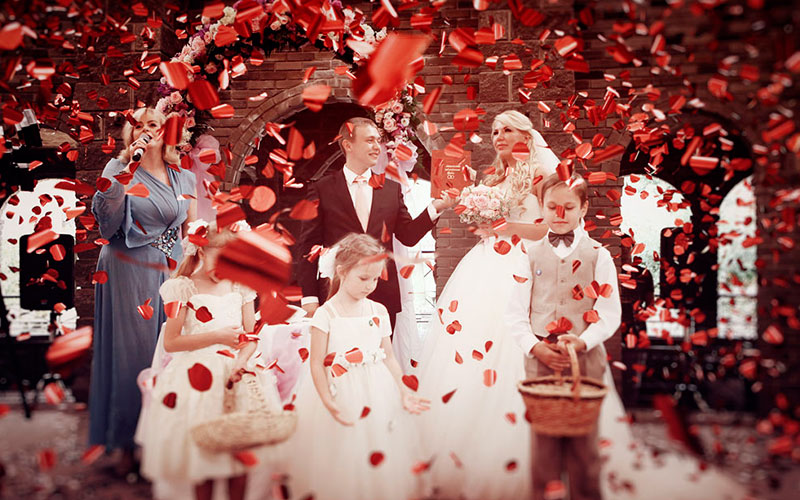 Конфетти на свадебной церемонии. Одесса